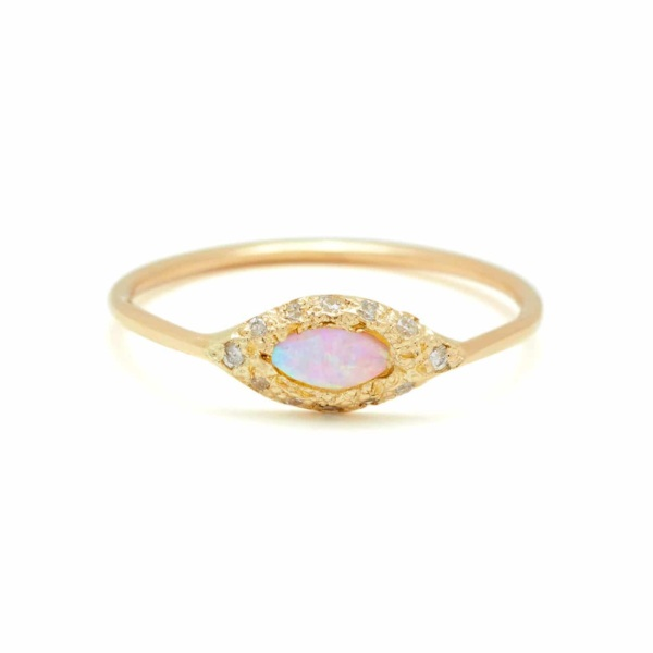 Yellow Gold Opal Eye Ring in 18k Yellow Gold