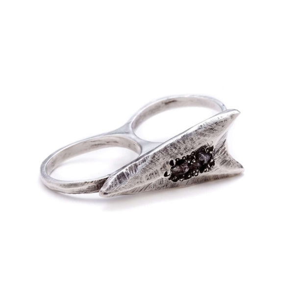 Blackened Sterling Silver Two Finger Arrowhead Ring With Rough Diamonds