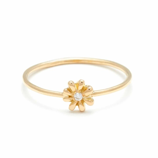 Yellow Gold Tiny Daisy Ring