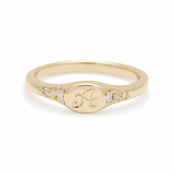 diamond mini signet ring