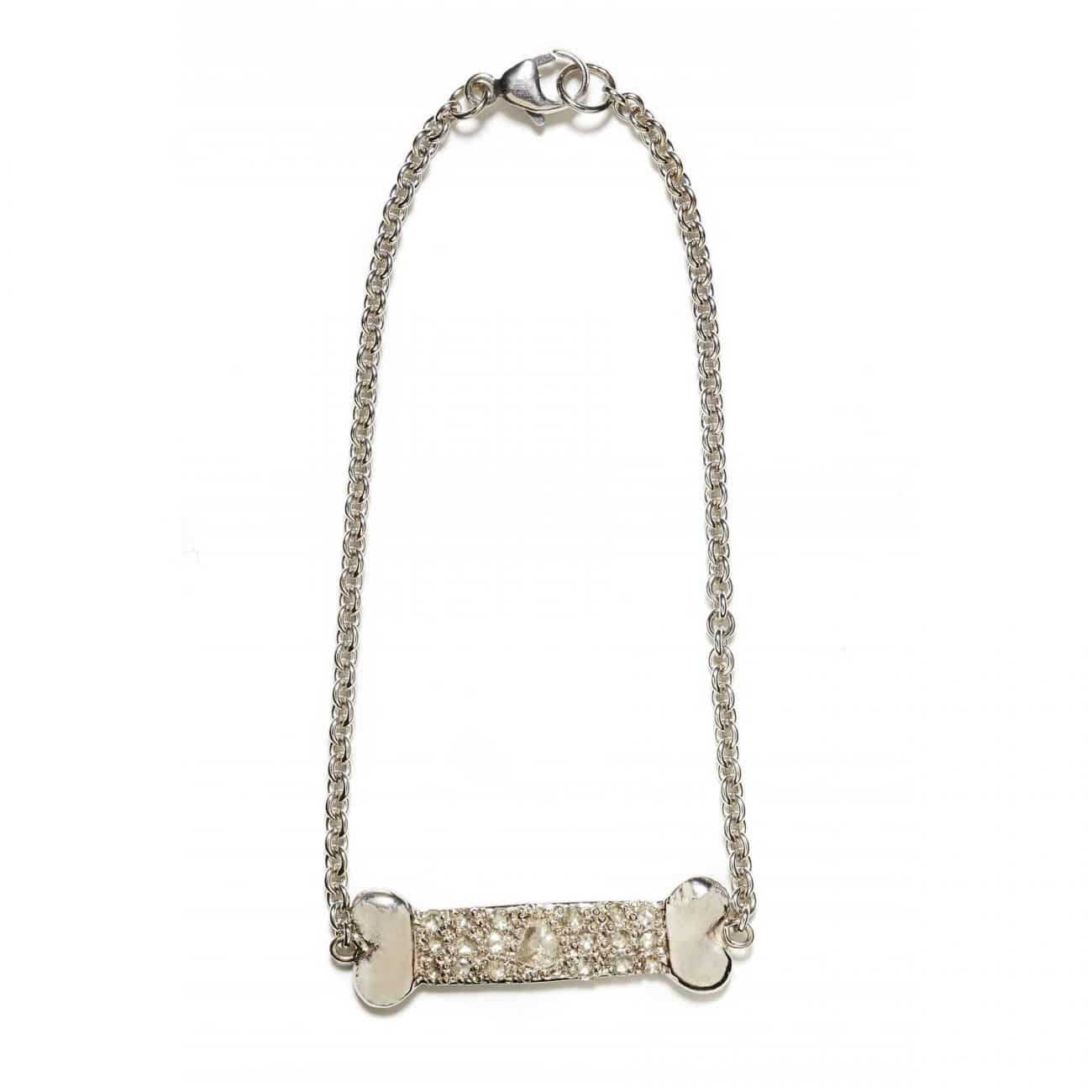 back of dog bone id bracelet in white gold with diamond